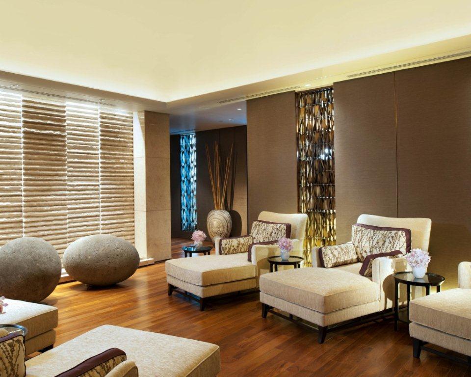 A luxury spa for all seasons kempinski the spa spa for Hotel spa decor