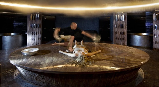 Luxury breaks in las vegas including a turkish bath for Luxury spa weekends for couples