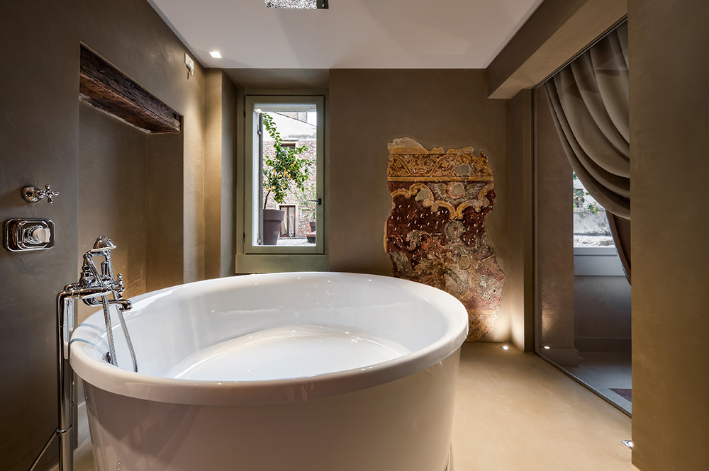 The Ultimate Bubble Bath & More Romantic Spa Packages